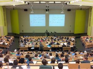 University lecture / Pixabay