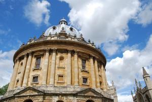 Oxford University, courtesy of Pixabay